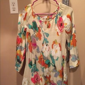 Floral Blouse Size S ( fits like Large)